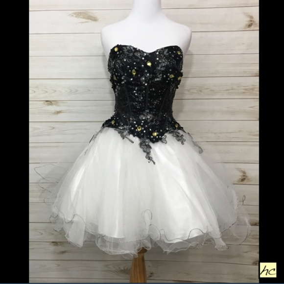 Paris Short Prom Dresses